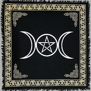 THE ART BOX Altar Cloth Tarot Cards Table Napkins Witchcraft